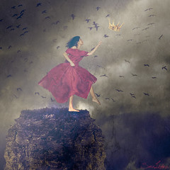 253/365 (Sariixa) Tags: red sky cliff selfportrait art me birds clouds photomanipulation photoshop myself photography fly photo reina rojo artist dress arte autoportrait fineart yo autoretrato queen pjaros ciel corona cielo nubes land brave crown 365 autorretrato vestido acantilado artista fotomontaje tierra selfie artphoto valiente fotomanipulacin volar fotomanipulacion sarixa
