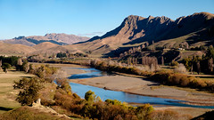 Tukituki River below Te Mata Peak (bfcnz) Tags: bay peak hawkesbay tematapeak hawkes temata tukituki