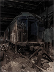**IT'S WHAT LURKS BELOW** (**THAT KID RICH**) Tags: nyc newyorkcity abandoned train canon underground subway chains doors darkness decay tracks tunnel roosevelt legendary explore bumper urbanexploration rails iconic lurks fdr cremedelacreme waldorfastoria wheeles presidentroosevelt thatkidrich armoredtrain track61 richzoeller richardzoeller