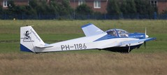 Scheibe SF-25C Falke PH-1186 Lee on Solent Airfield 2016 (SupaSmokey) Tags: lee solent airfield falke 2016 scheibe sf25c ph1186