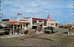 Frontier Esso Service & Voyageur Restaurant, Swift Current, Saskatchewan (SwellMap) Tags: architecture vintage advertising design pc 60s fifties postcard suburbia style kitsch retro nostalgia chrome americana 50s roadside googie populuxe sixties babyboomer consumer coldwar midcentury spaceage atomicage