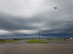 Heavy thunderstorms at Amsterdam (Niels van Hofslot) Tags: nature dutch weather airport outdoor samsung galaxy edge van schiphol niels thunderstorms s7 hofslot