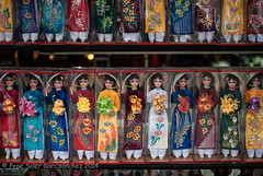 Vietnameses toys (Pepe Soler Garcisnchez) Tags: d200 hanoi nikkon50mm nikon nikond200 vietnam