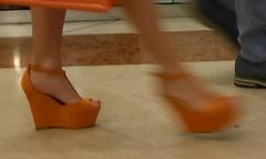 Street feet (549) (I Love Feet & Shoes) Tags: street sexy feet stockings pie shoes highheels sandals tights lingerie heels ps huf hoof bas pieds mules pantyhose schuhe casco piedi meias medias scarpe sandalias chaussures sapatos sandlias zapatillas sandalen  sandales  sabot sandali  strmpfe    calcanhares  fse