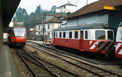 2003-03-07 CP 9509, 9103  Livercao (delticalco) Tags: portugal rail trains railcar cp railways narrowgauge railbus