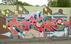 - (txmx 2) Tags: wall graffiti hamburg seawall harburg deich bostelbek borstelbekerhauptdeich bostelbekerhauptdeich ignorethetagsonwhitetheyarefromastupidflickrrobot