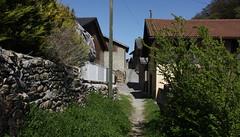 Saillon14 (bulbocode909) Tags: suisse maisons vert villages bleu arbres printemps valais saillons
