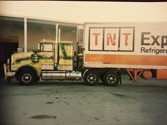 Subbing for TNT early 90's (chugga81) Tags: old cat truck cool iron power australia melbourne mount caterpillar american badge perth adelaide grille barker aussie hampton tnt heavy kenworth bullbar aerodyne t650 roadranger chugga81