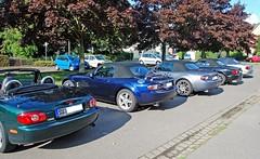 """MX5-Club Köln (4.Orientierungsfahrt) (Günter Hentschel) Tags: auto car club d50 germany deutschland nikon nikond50 menschen nrw mazda cabrio ofen mx5 roadster """"nikonflickraward"""" dampflokschloss"""