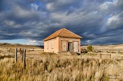 Chesterfield ghost town Idaho (Pattys-photos) Tags: fence cloudy idaho ghosttown hdr chesterfield