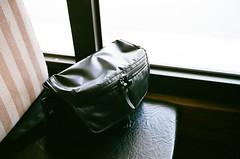 bag (Danny Chou) Tags: leica black film 35mm f14 400 fujifilm mp ttl summilux asph ae rf viewfinder m7 fle xtra 黑色 072 負片 35mmf14 rangerfinder summiluxm 銀鹽 連動測距