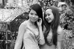 (kuuan) Tags: ladies girls bw 85mm posing olympus vietnam mf f2 tet saigon zuiko manualfocus hcmc fzuiko f285mm olympusfzuikoautotf285mm