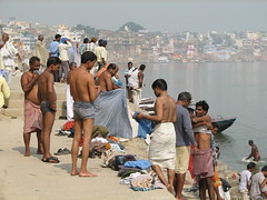india2008 (gerben more) Tags: shirtless india view barefoot varanasi bathing benares india20082