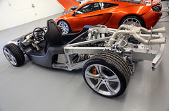 At Miller McLaren dealer (vetaturfumare - thanks for 2 MILLION views!!!) Tags: naked spider bare garage greenwich ct miller mclaren chassis cellar coupe mp4 dealer maclaren mp412c