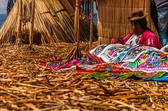 Venedora Uro (faltimiras) Tags: sun lake sol peru uros titicaca lago island floating bolivia copacabana titikaka taquile isla illa puno llac uro flotante flotant