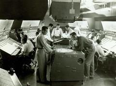 1955 experimental radar equipment at the Washington ARTCC (FAA News) Tags: 1955 radar airtrafficcontrol caa artcc airtrafficcontrolradar civilaeronauticsadministration faanews faahistory