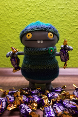Uglyworld #2564 - Eclairing Ups - (Project On My Tods - Image 29-365) (www.bazpics.com) Tags: travel blue home wool up hat project fun toy blog funny cookie day candy action sweet handmade chocolate crochet january vinyl knit clear jacket website figure sweets jumper cave 30th 365 adventures custom uglydoll suitcase cadburys clearing uglydolls babo eclairs 2015 uglyworld prettyugly barryoneilphotography adventuresinuglyworld uglyadventures
