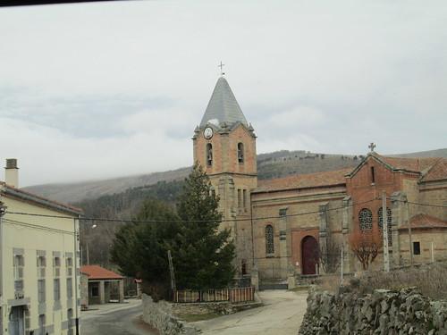 MARCHA-371-los-pueblos-abandonados-valle-de-aravalle-avila-senderismo (35)