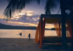 Happiness (CAGATOTA) Tags: gabriel carlos jamaica 5d cinematographer torres markii tabares cagatota