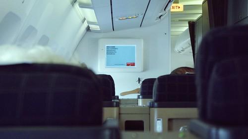 Onboard A340-300 Business Class - Swiss