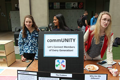 PZ20160513-031.jpg (Menlo Photo Bank) Tags: ca girls people usa students sign sarah us spring quad science ellie event smallgroup atherton 2016 engaging upperschool makerfaire menloschool photobypetezivkov appliedscienceresearch