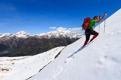 Sulla Rampa (Roveclimb) Tags: schnee mountain snow alps trekking hiking adventure neve mountaineering alpinismo pendenza alpi montagna slope alpinism drogo valchiavenna avventura escursionismo vho prestone lirone cimaganda vallesangiacomo alpigia passodellalpigia valdigiuust valletarda