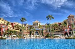 Nerja - Torrox (Ventura Carmona) Tags: espaa pool hotel andaluca spain piscina iberostar torrox spanien mlaga nerja schwimmbad ventueacarmona