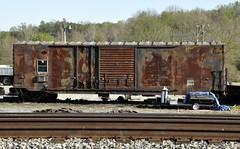 Altavista, Virginia (1 of 2) (Bob McGilvray Jr.) Tags: railroad train virginia nw tracks va mow boxcar altavista norfolkwestern