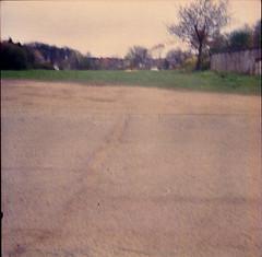 Kellinghusen (Juliet Alpha November) Tags: street color 120 6x6 analog lomo lomography jan space raum platz negative 400 medium format analogue holstein schleswig rollfilm mittelformat strase steinburg meifert kellinghusen