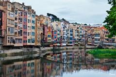 Girona (Gatodidi) Tags: girona costa brava rio oar edificios colores reflejos puente agua nubes nikon d90 paisaje landscape urbanas paisatge ter