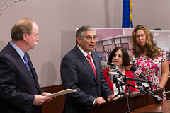 A Press Conference 2016-05-25 DMV Motor Voter (9 of 17) (srophotos) Tags: state senator westport redding len danbury sherman bethel weston wilton newcanaan ridgefield fasano newfairfield statesenatortoniboucher statesenatormichaelmclachlan ctdmvmotorvoter
