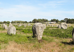 carnac (m-g-c photographie) Tags: old france nature rock stone landscape roc photo brittany europe outdoor ngc bretagne breizh mgc paysage rocher roche ancien alignment carnac dehors alignement menhir exterieur alignementdecarnac extrieur alignmentofcarnac