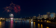 4th of July Fireworks at Portland Waterfront 2016 (David Gn Photography) Tags: 4thofjuly 2016 independenceday july fourth celebration fireworks display show hawthornebridge portland oregon downtown skyline city waterfront bluesfestival willametteriver cityscape nightscape unitedstates northamerica usa festival