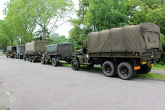 Army trucks in the village (Davydutchy) Tags: netherlands truck army ride military may nederland hobby voiture lorry vehicle frise rit heer convoy paysbas gmc friesland armee leger niederlande 353 militr daf reenacting lkw 2016 frysln militair frisia rondrit langweer tocht langwar kolonne cckw cckw353 poidslourd legervoertuig legergroen