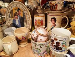 Commemorative Cups and Plates (tmvissers) Tags: uk england cotswolds gloucestershire chipping campden
