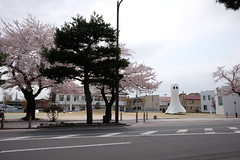 DSCF1557 (chinnian) Tags: japan aomori  fujifilm x70  towada  ingesidee towadaartcenter  fujifilmx70 unknownmasses