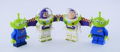 The visitors (Alex THELEGOFAN) Tags: lego disney alien pizza planet buzz lightyear collectible minifigure