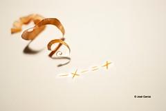 Menos x menos es + (jose gregorio garcia) Tags: minimalismo menospormenosesmas