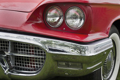 Thunderbird 1 (Trevor King 66) Tags: light bumper fender chrome headlight thunderbird whitewalltyre