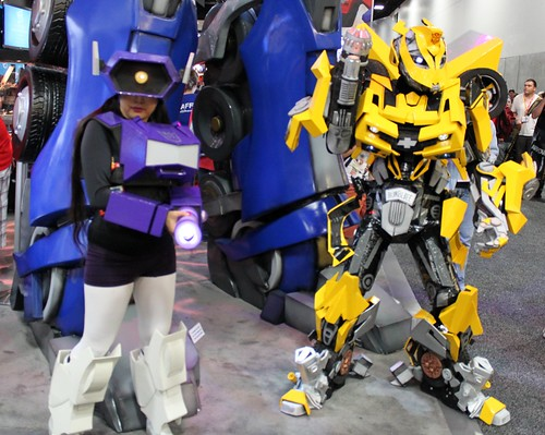2012-Fans Dressed Up as Transformers Characters at SDCC-01