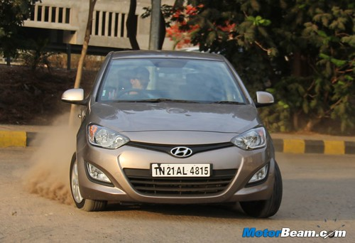 Hyundai-i20-1.4-AT-01