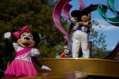 IMG_5512 (onnawufei) Tags: parade disneyworld mickeymouse minniemouse wdw waltdisneyworld magickingdom