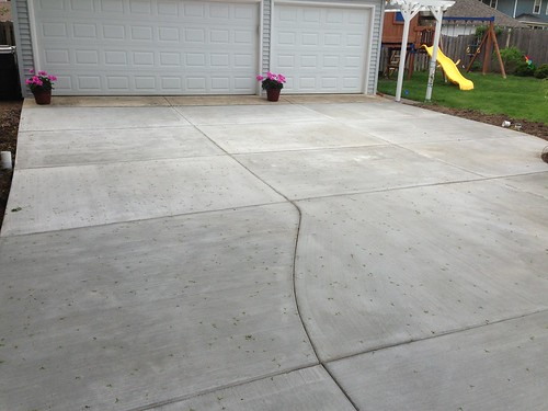 "Concrete Driveway • <a style=""font-size:0.8em;"" href=""http://www.flickr.com/photos/76775226@N06/9352755230/"" target=""_blank"">View on Flickr</a>"