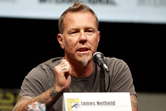 James Hetfield (Gage Skidmore) Tags: california never robert james san comic charlotte diego center lars convention metallica dane through ulrich con kirk huggins trujillo dehaan nimrod hetfield hammett antal 2013