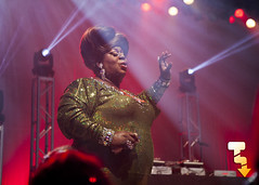 Latrice Royale @ The Royal Oak Music Theatre (Tony Lowe Photo) Tags: show light people music male television female race season drag lights hall tv concert oak downtown artist audience theatre metro michigan live stage crowd detroit performance royal personality tony queen international illusion dev winner reality entertainer venue performer gemini recording raja royale select dragrace lowe illusionist rupaul latrice