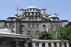 Fatih Cami (veropie) Tags: travel turkey europe trkiye istanbul traveller traveling easterneurope notatourist fatihcami
