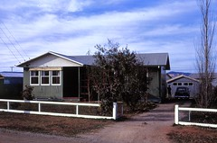 #589 Jul 1967 South Australia Housing Trust House, Northfield (Yvonne Thompson) Tags: houses architecture wooden 1950s 1967 housing 50s 1960s governmenthousing postwar migranthousing timberhouses housingtrust