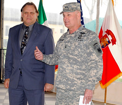 DA selects Plymesser as U.S. Army Foreign Disclosure Officer of the Year (US Army Africa) Tags: italy vicenza africom casermaederle usafricacommand usarmyafrica usaraf southerneuropeantaskforce armyafrica mgdonahue majgenpatrickjdonahueii plymesser armyforeigndisclosureofficeroftheyear