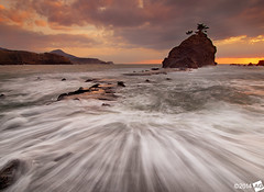 G l a d Y o u ' r e H e r e W i t h M e (AnthonyGinmanPhotography) Tags: sunset seascape water flow rocks formation niigata olympuse30 olympus1122mmf28