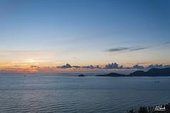 Montemarcello (Simone Vanelli) Tags: sunset sea italy cloud landscape island italia tramonto nuvole mare liguria golfo tino palmaria spezia poeti montemarcello tinetto